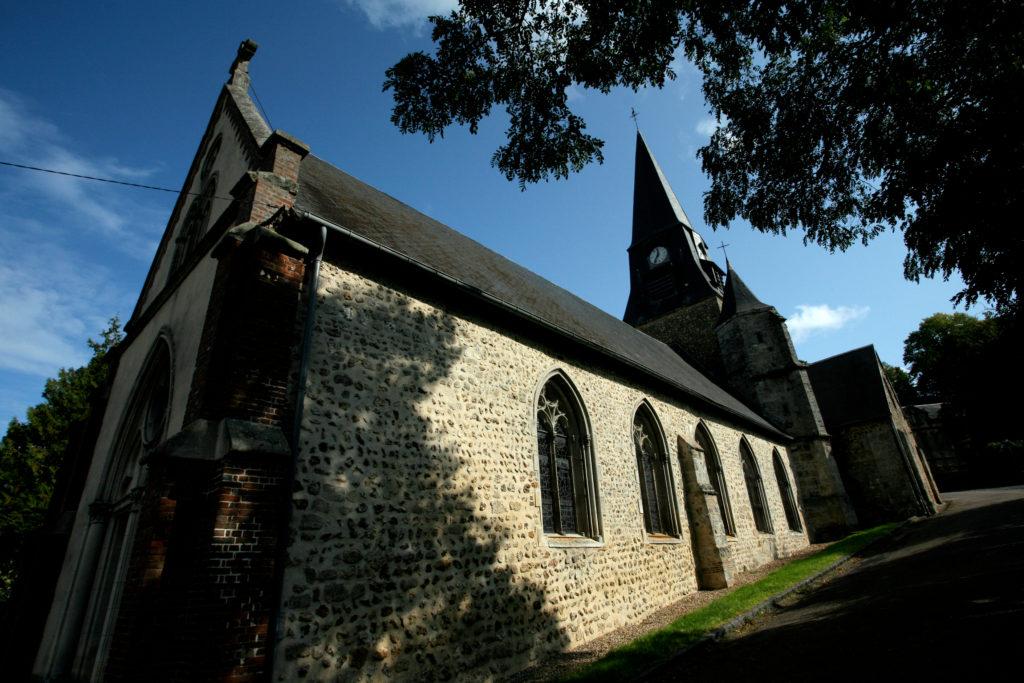 Eglise sainte-croix à Cormeilles